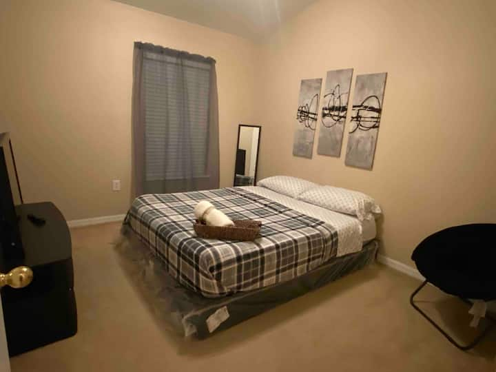 Nice room for couple 5m airport cuarto para pareja