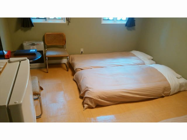 ☆Triplebed room☆10min walk From Sta.Free pick up!