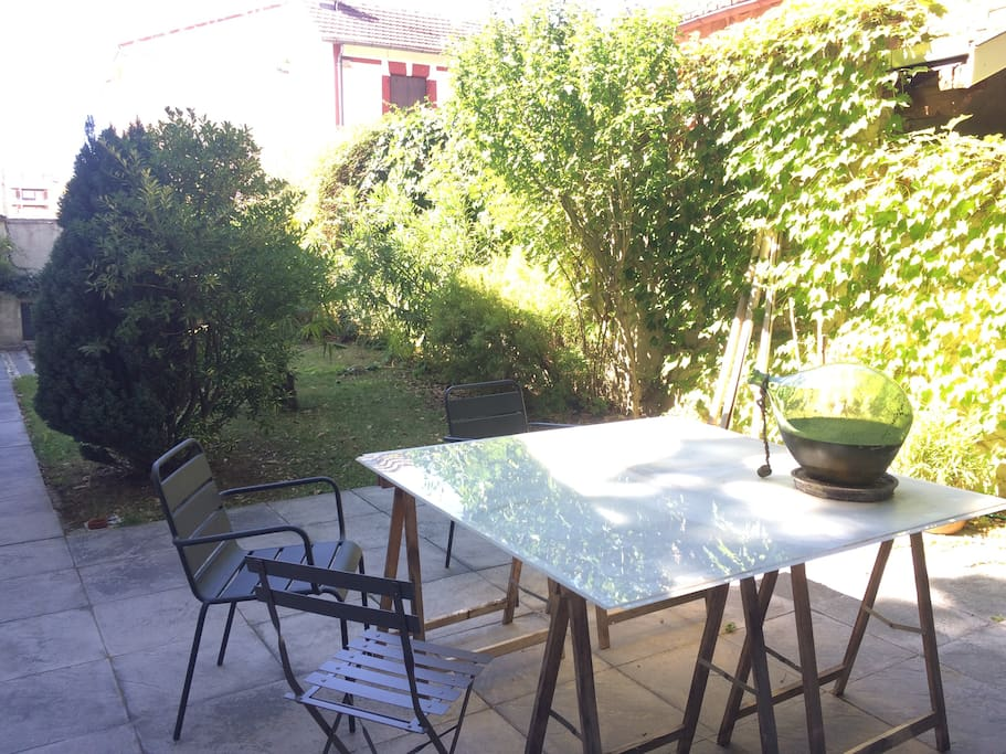 terrasse de 30 m² à l'abri des regards