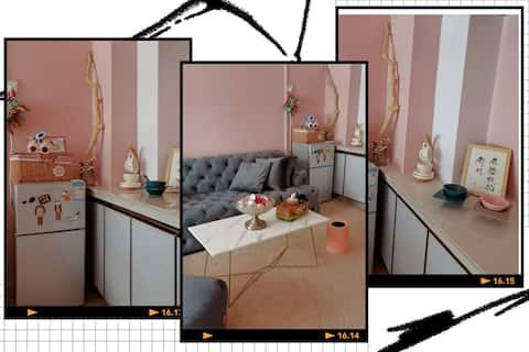 阳光100两用吊床/巨幕投影仪/全屋地毯/艺术餐具/可做饭/空调洗衣机浴袍