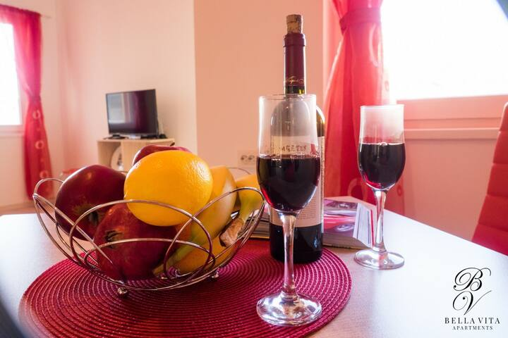Red Fairytale Apartment in Blagoevgrad