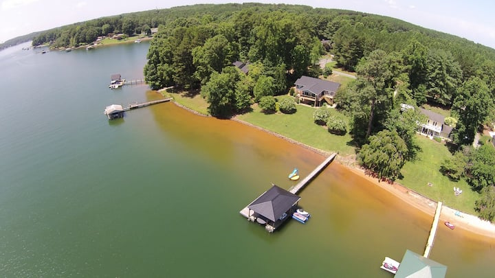 Lake Norman House 4 bedroom 3 bath