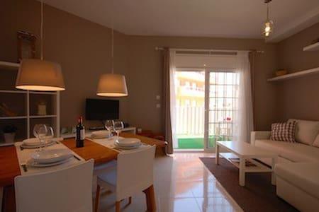 Apartamento romántico con piscina - Tossa de Mar