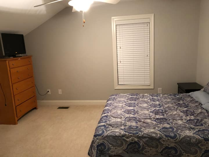 Haymount Room,close to downtown,Skibo&Fort Bragg.