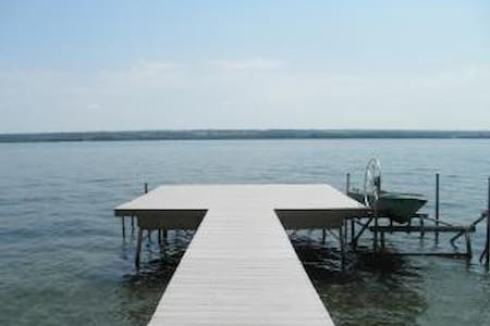 Cayuga Lake-- The Breezes on Sunrise Cove - Seneca Falls