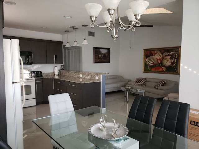 Gorgeous Home in Wellington