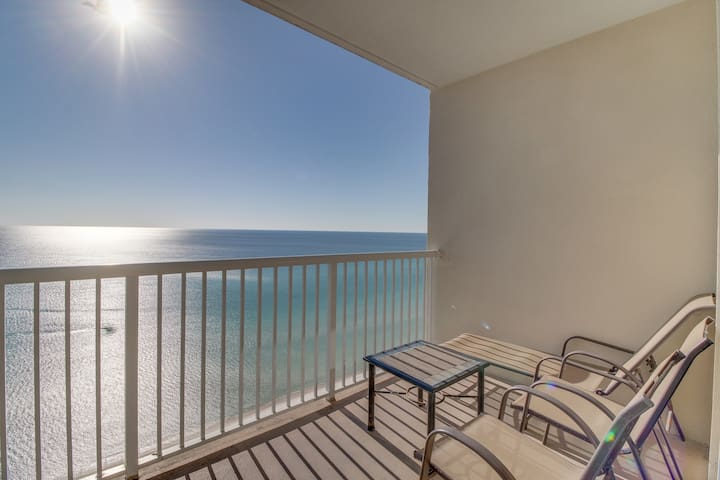 Sunny beachfront condo, recently updated, heated pool, hot tub, & more!