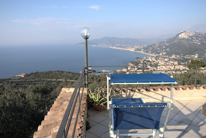 VERY PANORAMIC STONE COTTAGE IN CILENTO