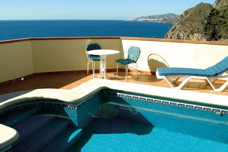 Holiday villa in Maro with air conditioning