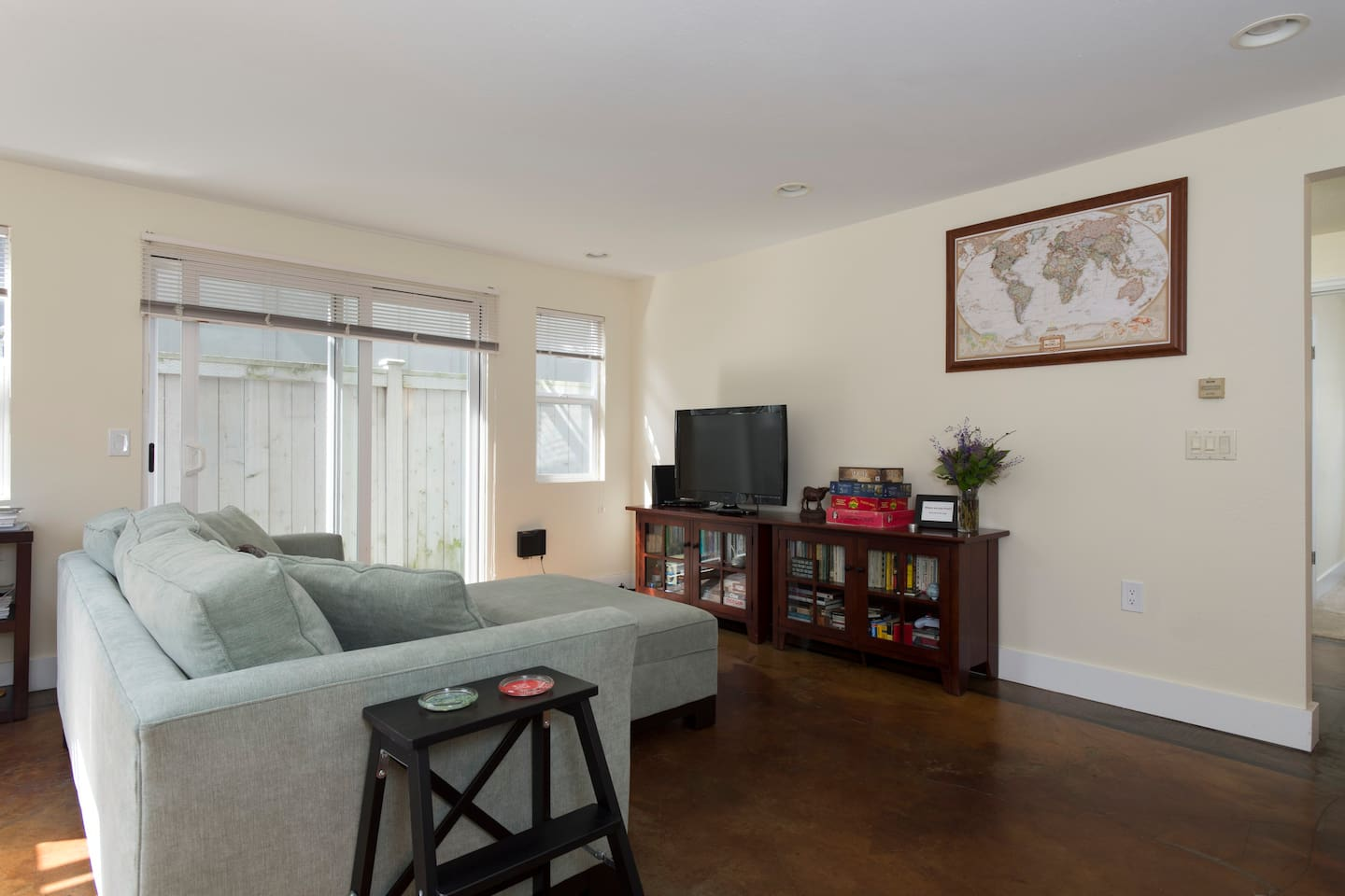 cozy 2bd magnolia apartment apartments for rent in seattle