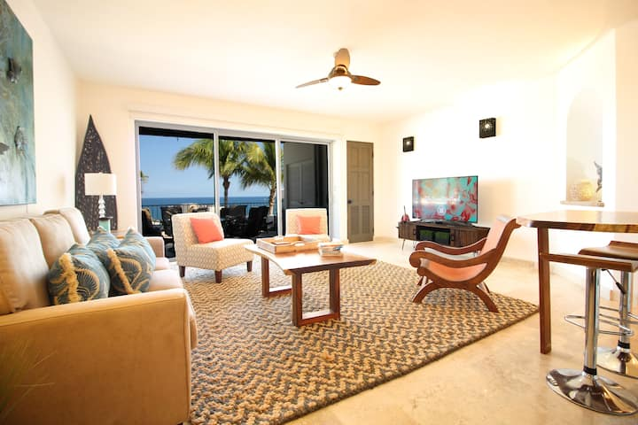 LUXURIOUS CONDO 5 MINUTES FROM COSTA AZUL BEACH