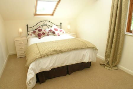 Falstaff Cottage for up to 5, Stratford upon Avon