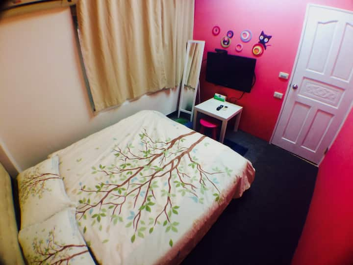 C103 double room, MRT: Dingxi MRT 4 minutes walk