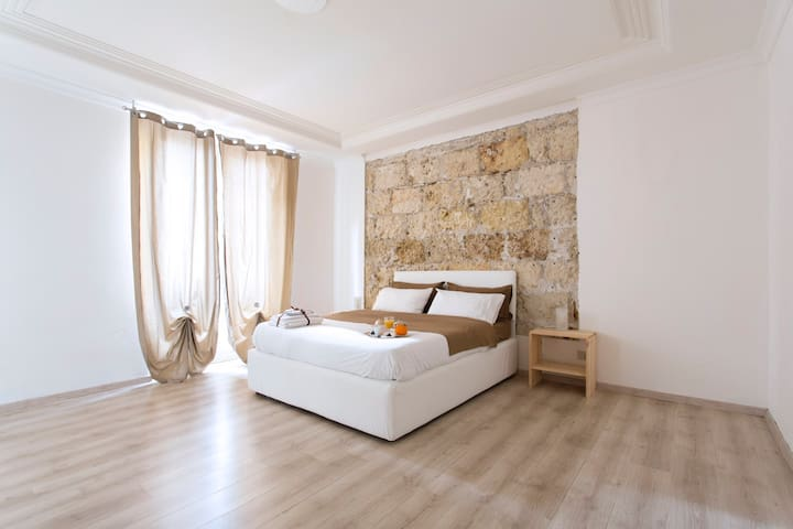 Tosca  suite luxury apartments - Palermo - House