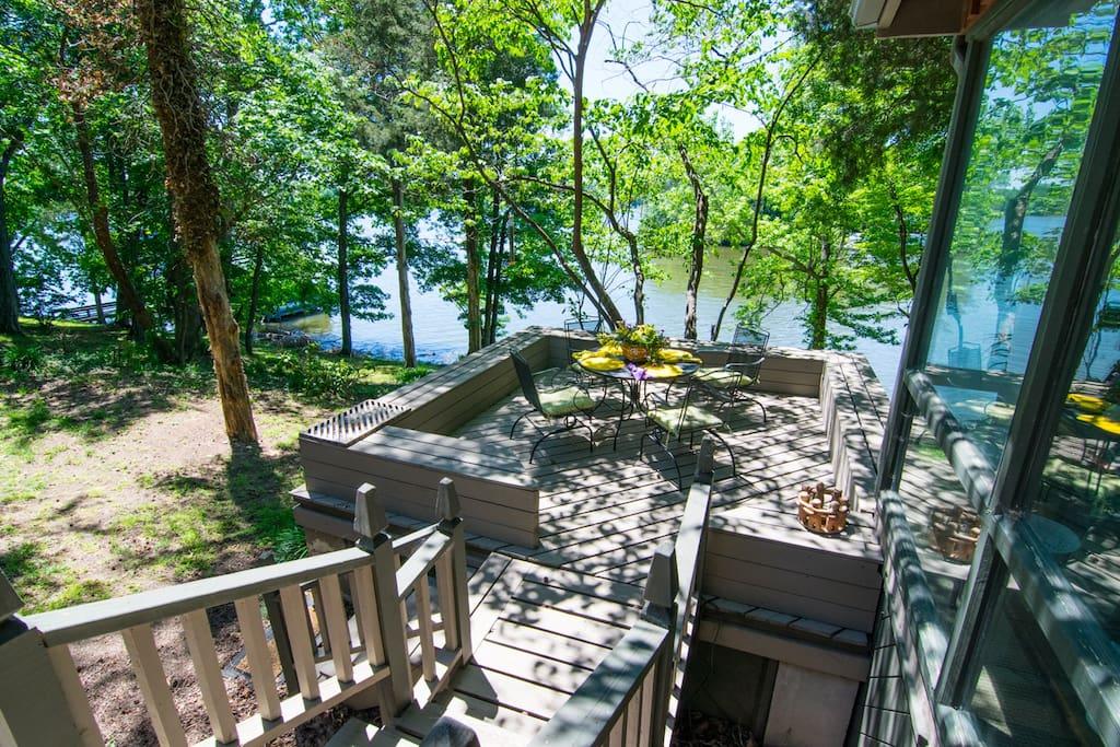 Deck overlooking Elk River