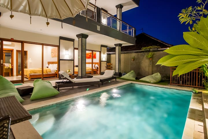Master Deluxe Room in Boutique Balinese House #9