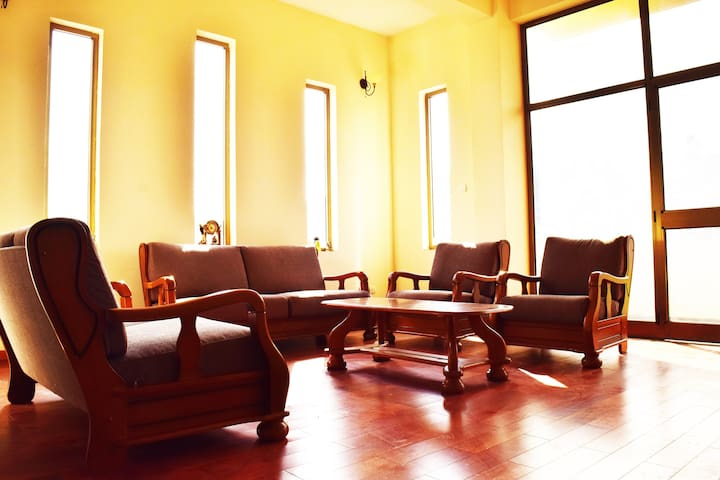 Apartment with Shared amenities - Addis Ababa - Apartamento