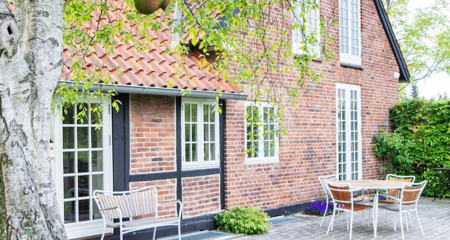 Stort smukt hus - perfekt til børnefamilie - Copenhaga - Casa