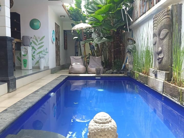 Quiet, yet central: Pool villa, NEW cozy interior!