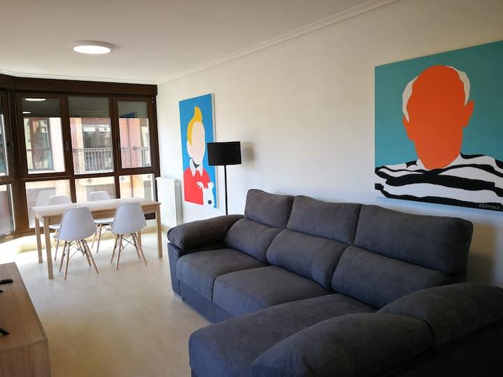 3 dormitorios Centro Noja - Wifi y garaje