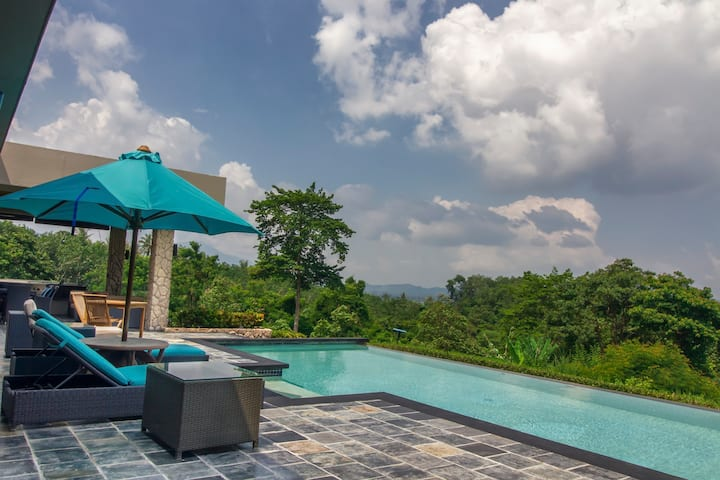 ★ White Monkey Villa★ Private Pool★ Pure Luxury ★