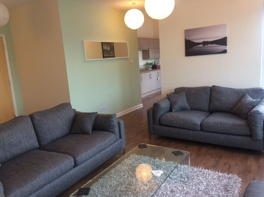 Penthouse Close To Centre Free Parking Apartments For Rent In Edinburgh Scotland United