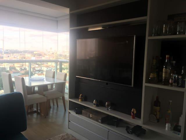 Ótimo Apartamento em Campo Belo
