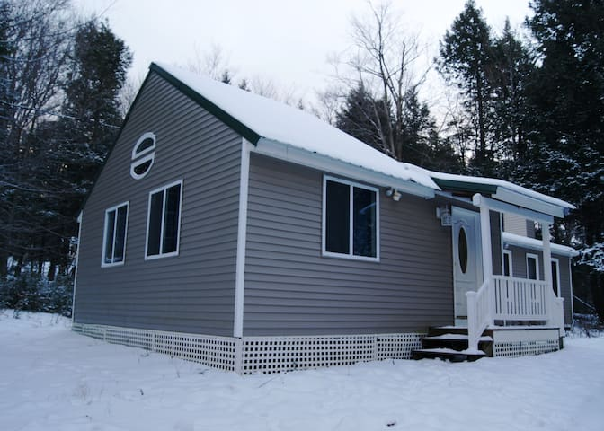 Family Ski Ranch Close To Mt. Snow - Wardsboro - Hus