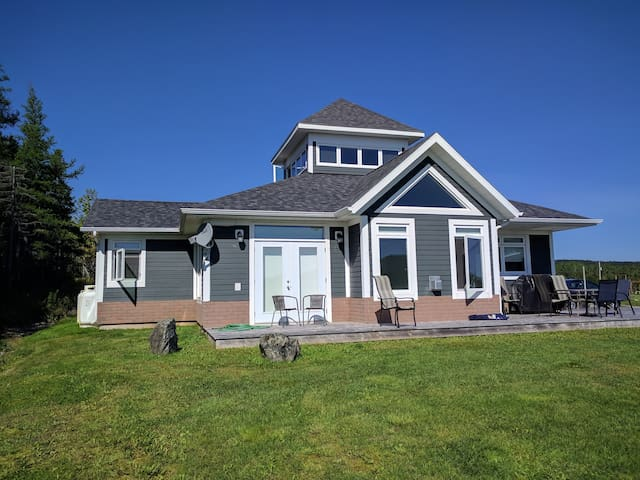 Baddeck cottage with a beautiful view