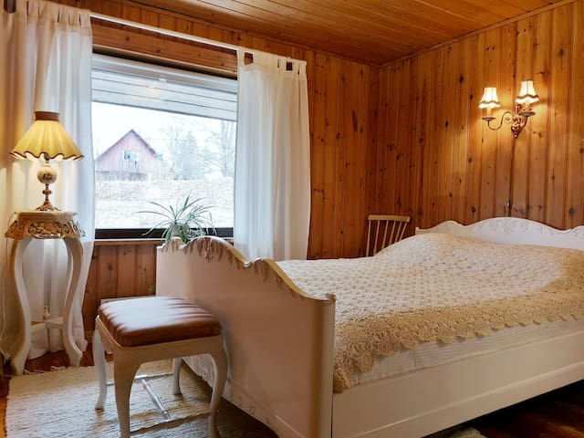 Vanha Mylly-Unigue Old Mill. Rent a room/rooms