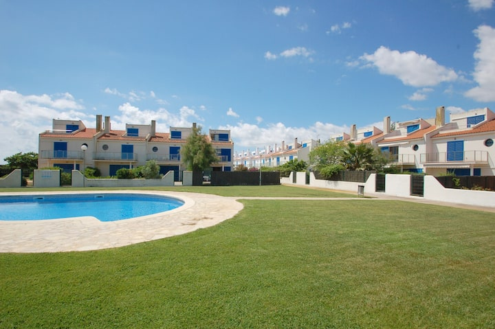 Les Dunes 17 - at the beach, A/C, pool, WiFi