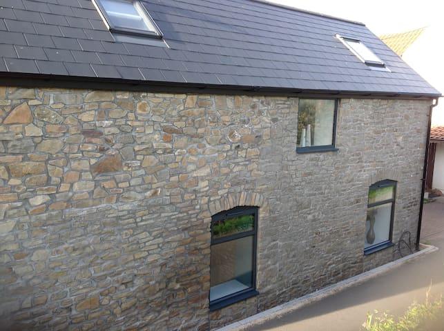 Two bedroom barn conversion in Thornbury.