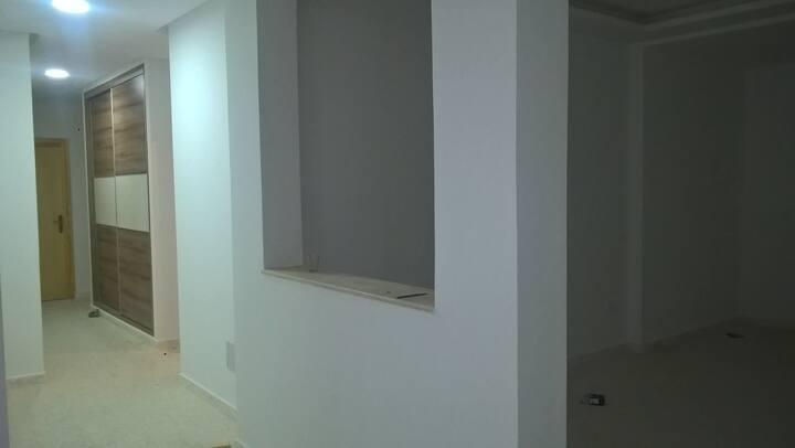 Location étage de villa non équipé