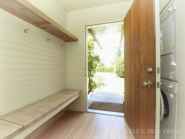 Unique Downtown Home- Single Room - Courtenay - Casa