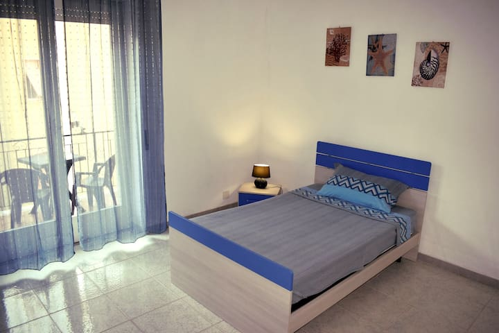 Blue Sea Room - Beach 350m - Wifi - Balcony - Gaeta - Flat