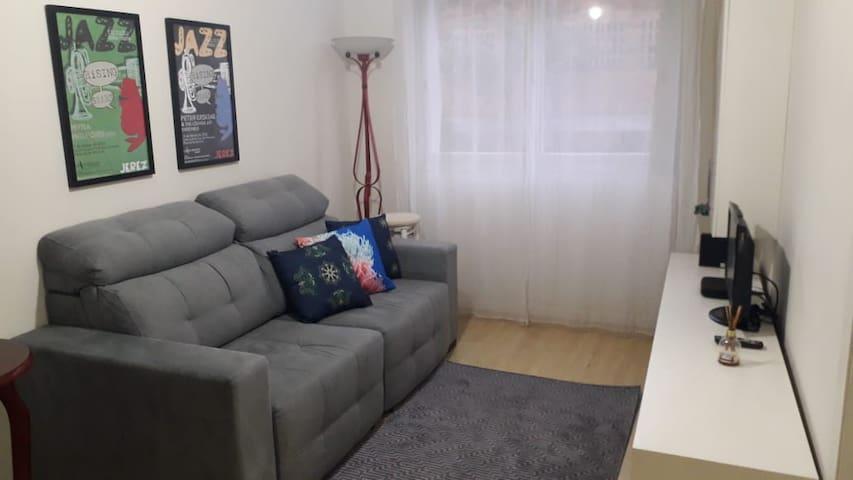 Apartamento COMPLETO CENTRO CAXIAS DO SUL.