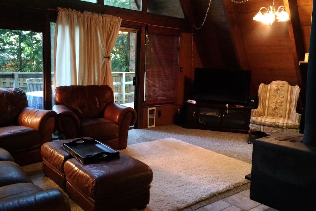 Great Room, 54in smart TV with basic cable & Wii for games and DVD viewing.
