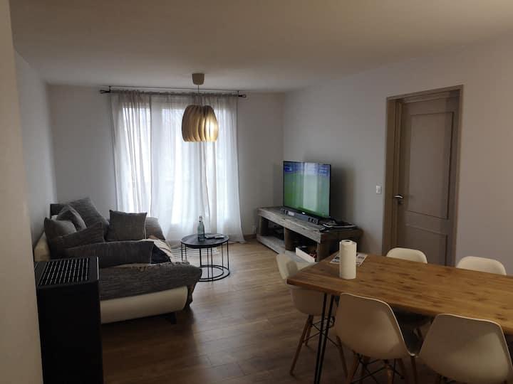 Appartement T2 équipé refait en 2019