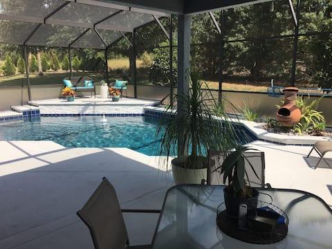 Florida getaway minutes from Orlando attractions