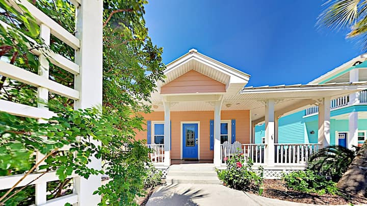 MR193: Stylish Beach Home with Private Hot Tub, Game Room, Rooftop Deck, Tiki Bar
