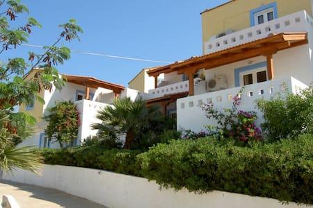 Apartments in Kouremenos Aparthotel - Kouremenos