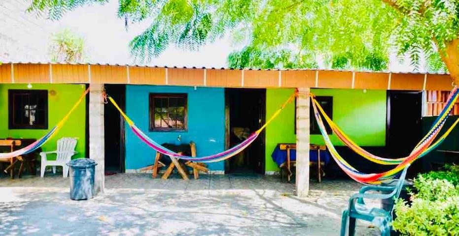 Rancho Alazan en la mejor playa él Cuco