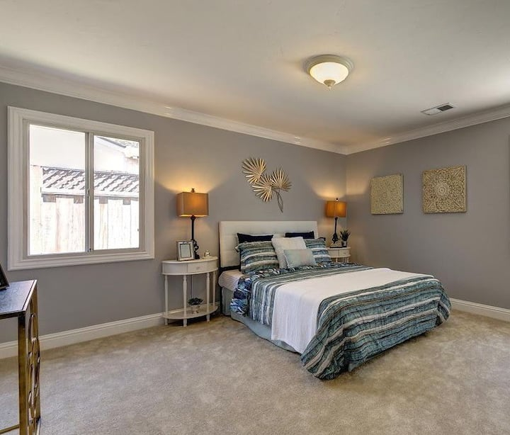 Large suite with private bath in Willow Glen