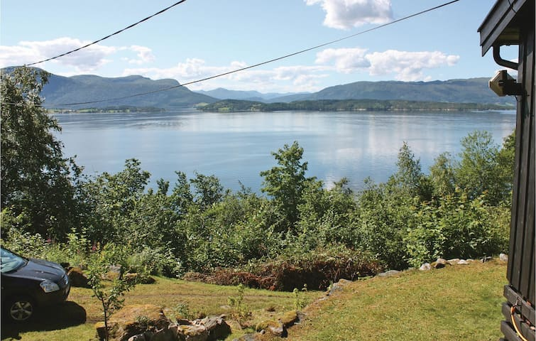 Holiday cottage with 2 bedrooms on 82m² in Stangvik