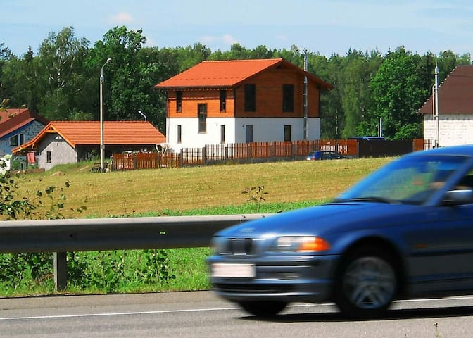 Усадьба Зелёный Дуб, Минск,  трасса Е28, М6