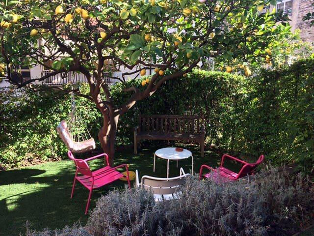 Un giardino...vicino alla ciclabile - San Remo - Huoneisto