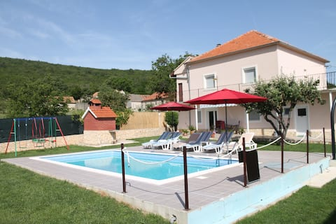 Holiday home Miramary with private pool,near Split