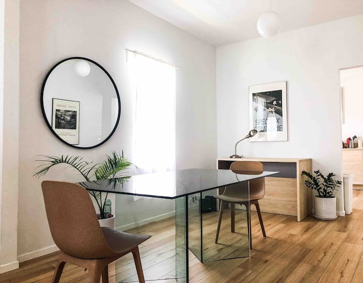 Artistic 800 sq ft Home Nxt 2 DTLA & Entity Mag HQ