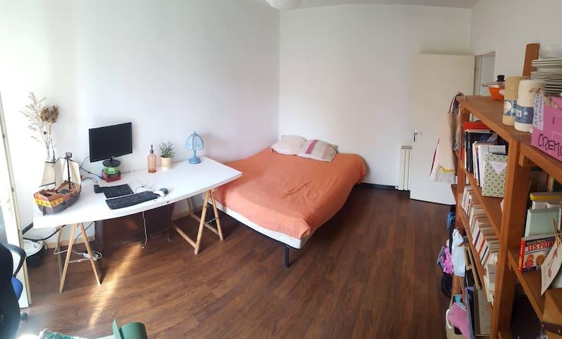 Chambre double avec bureau