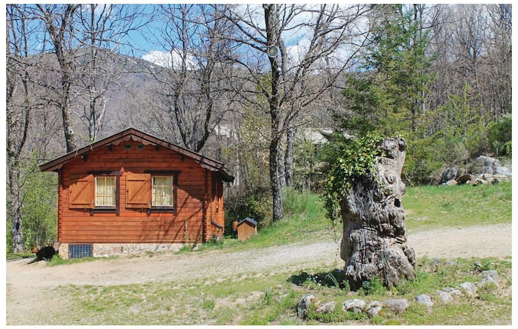 Holiday cottage with 1 bedroom on 42 m² ELZ008